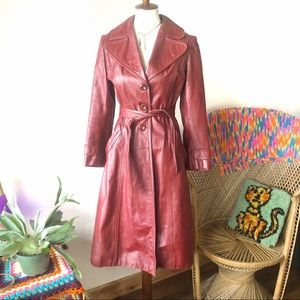True Vintage✨70s Sexy Burgundy Leather Trench Coat